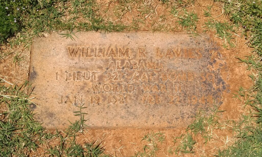 The grave of 2nd Lt William R Lavies